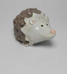 Figurine hérisson gris