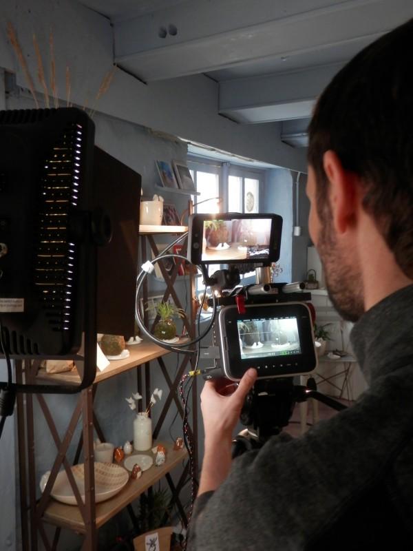 Tournage vidéo Moineaux and Co - Atelier Boutique Createur Quimper - Faïence - Ceramique (2)