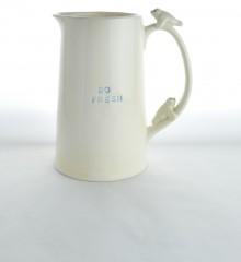 pichet phoque blanc so fresh 3d relief céramique poterie faïence quimper moineaux & co