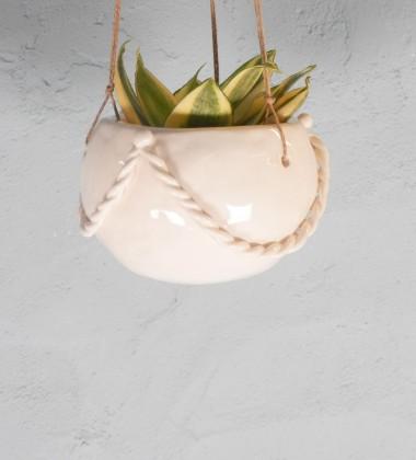 Stage poterie adulte - modelez une suspension pour votre plante - Atelier de céramique Moineaux & Co à Quimper