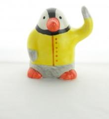 Statuette pingouin ciré jaune