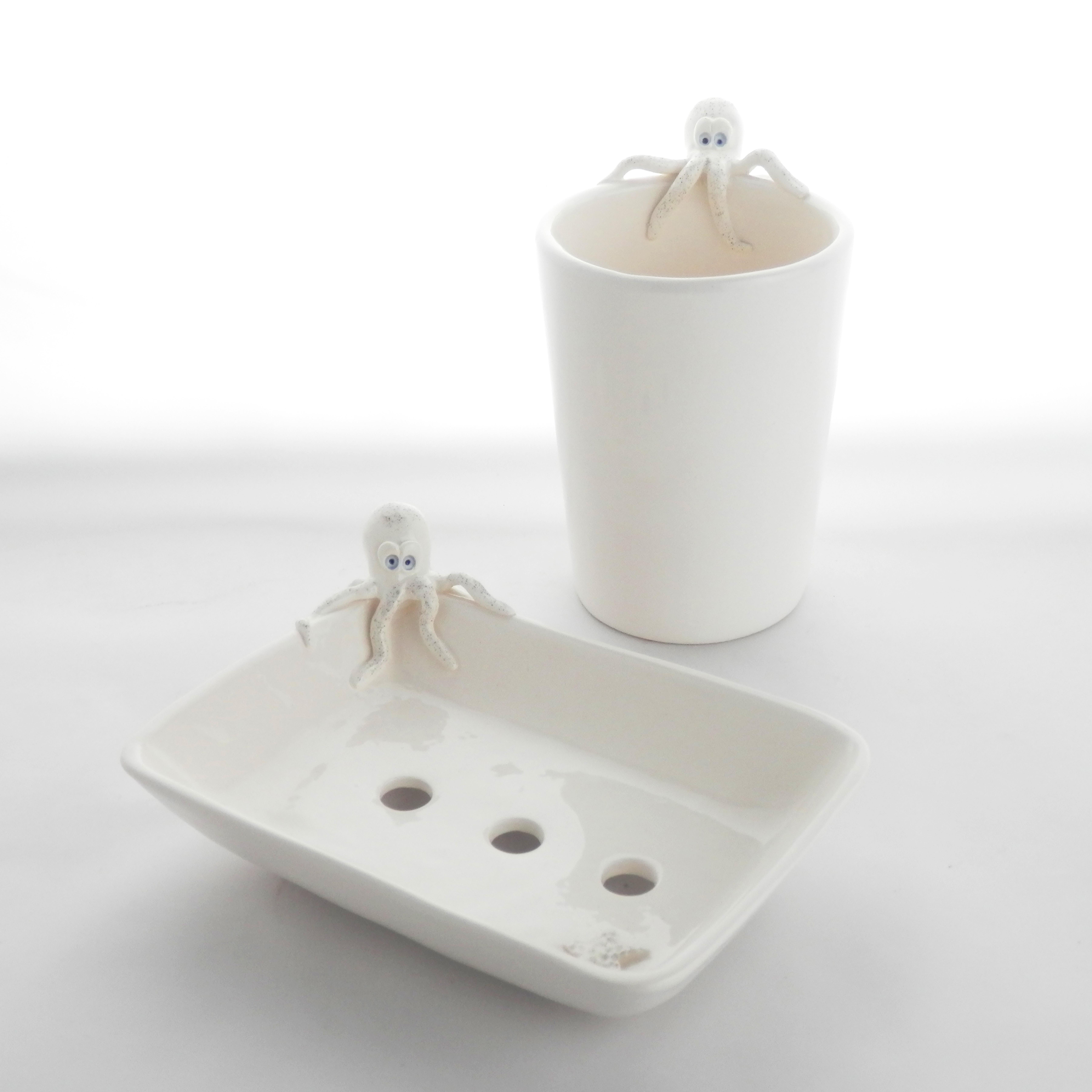 Ensemble porte-savon et verre à brosses à dents pour salle de bain