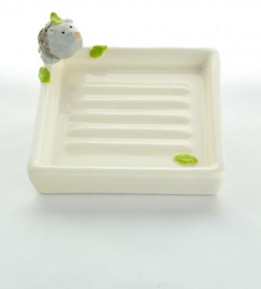 porte-savon carré rétro hérisson 3D en faïence émaillée - céramique moineaux & co quimper bretagne
