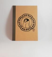 carnet pingouin - kraft - fmppstudio -moineauxandco - encres à l'eau - assiette faience bretonne - motifs traditionnels (1)